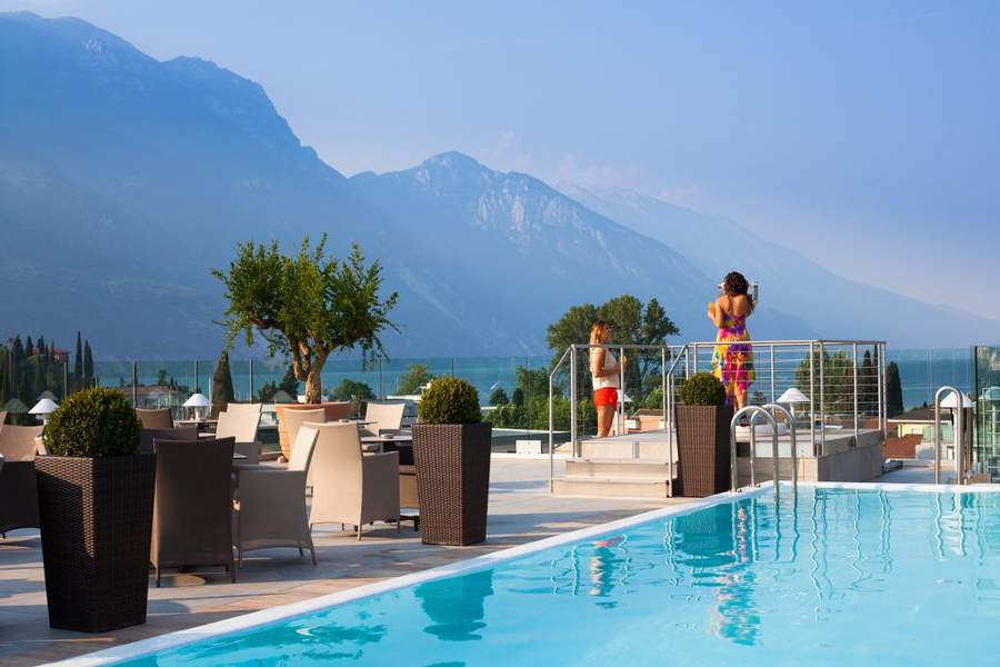 Tonelli Hotels - Hotel Kristal Palace