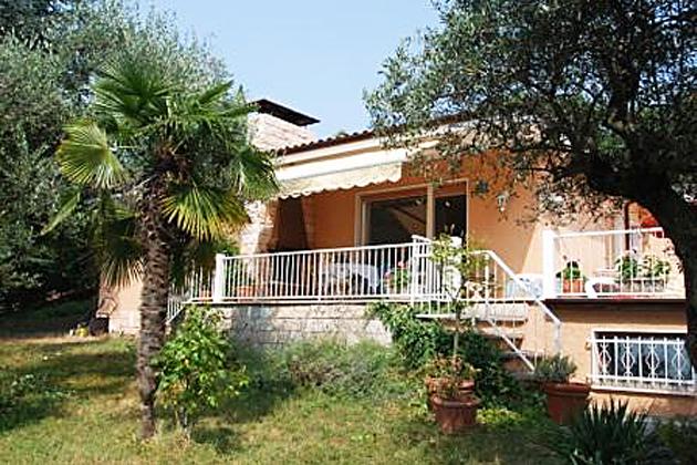 ferienhaus ca 39 brus bardolino gardasee italien. Black Bedroom Furniture Sets. Home Design Ideas