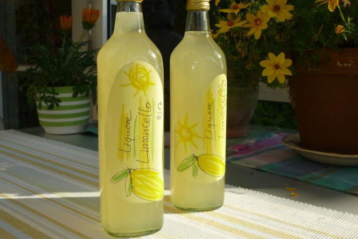 Zitronenlikör - Limoncino