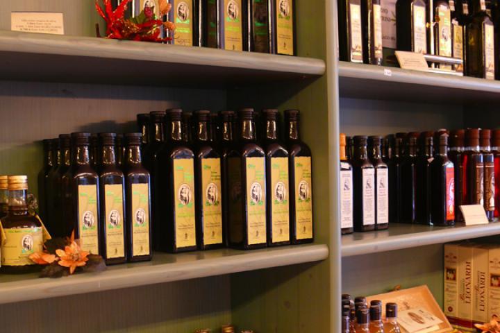 Wie finde ich gutes Olivenöl? Tipps für den Einkauf von der Ölmühle Manestrini